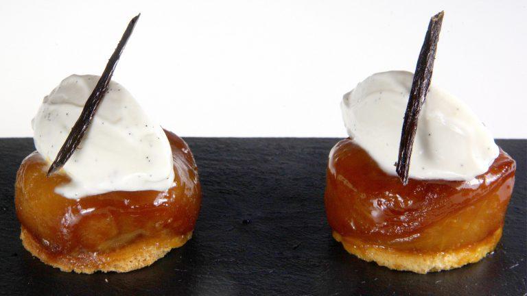 PIÈCE DE COCKTAIL SUCRÉEMini tatin crème mascarpone vanille Bourbon